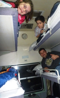 21 Ben & Kids Sleeper Train to Dali